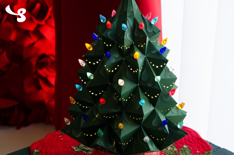 Heirloom Christmas Tree SVG Kit - Click Image to Close